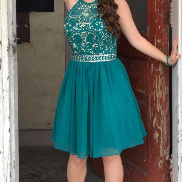 cf60e33f44 Bee Darlin Dresses   Skirts - Emerald Green Banquet SemiFormal Dress